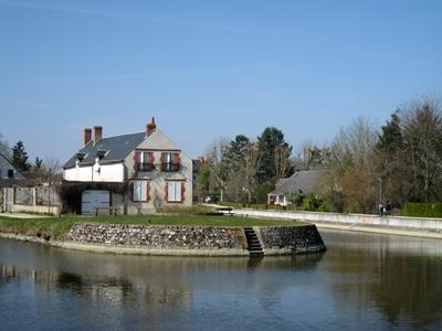 Embranchement du canal vers Orléans